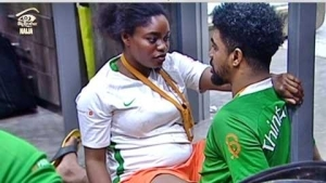 #BBNaija: Watch the Romantic Moment TTT Kissed and Fondled Bisola